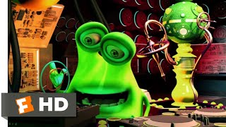 Space Guardians (2017) - The Space-Time Machine Scene (4/10) | Movieclips