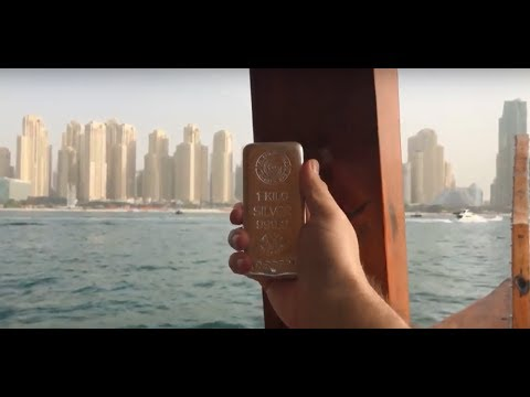 Cruising Dubai with Captain Jack! I'm on a Boat!! 😍😍😛😛