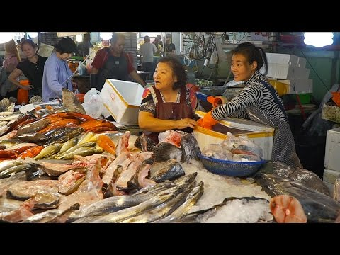 AMAZING Fish Market in Taiwan | Seafood Tour in Taiwan (Disa