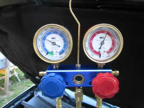 A/C manifold gauges in action