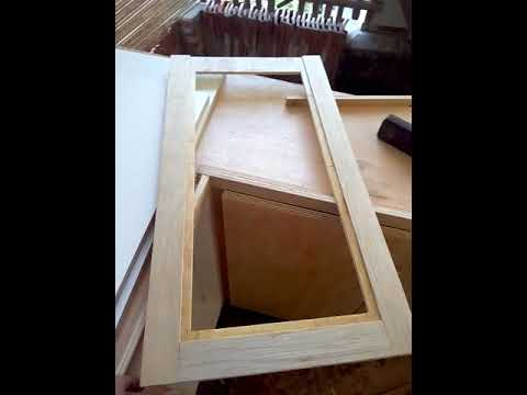 Cara Membuat pintu kaca kitchenset