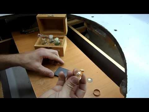 Кольцо - титан, золото 750 пробы, бриллианты