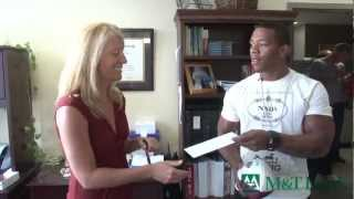 M&t Bank - Ray Rice Surprises Bank Fans