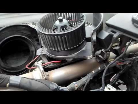 Рено Сценик 2 .вентилятор печки,ремонт ,снятие панели.обзор