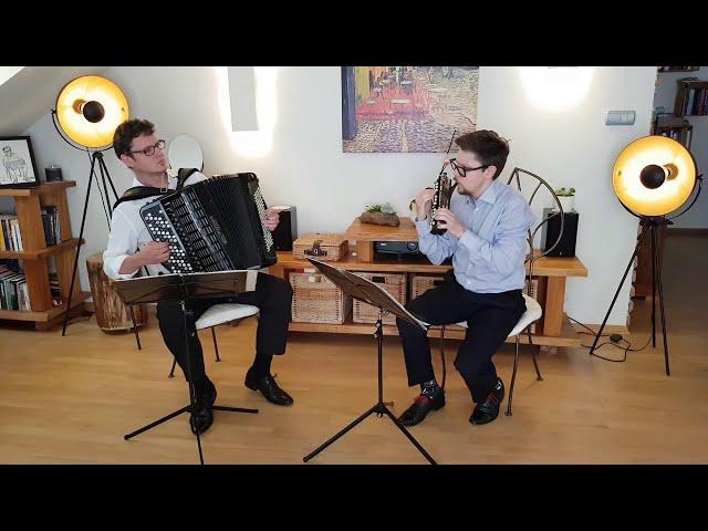 Dwa miechy i dwa uśmiechy - Warszawski Duet Akordeonowy