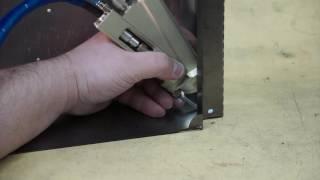 Ручная лазерная сварка на установке HTF 50 с волоконным выводом излучения [OKB BULAT](На видео демонстрируется процесс ручной лазерной сварки на установке HTF 50 c волоконным выводом излучения...., 2016-09-16T09:48:54.000Z)