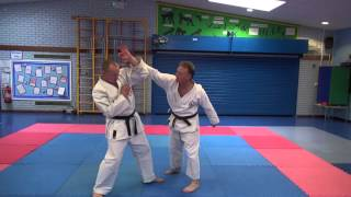 Pinan Kata Bunkai for Close Combat - Part 2 Pinan Shodan