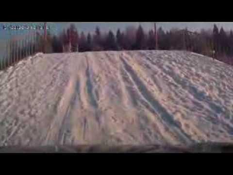 Hyundai ix35 на снежной горке