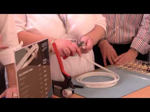 QED Speaker Cables Revelation Termination Demonstration (...