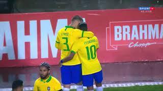 فيديو – هدف كوميدي في مباراة البرازيل وكولومبيا الودية