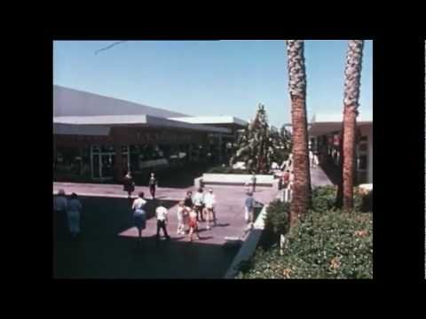Lakewood Center: The Core of a Community (Modern Architecture in Los Angeles)