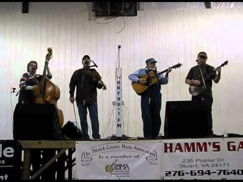 Lone Ivy String Band - Saro