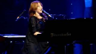 Tori Amos - Star Whisperer (Orpheum Theatre, Los Angeles, 12/17/11)
