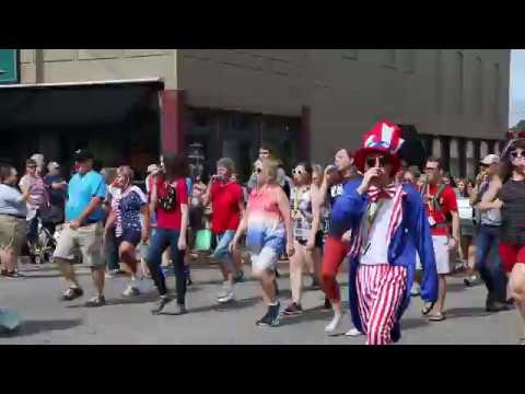 4th of July Parade Murray, KY (Murray Kazoo Band)