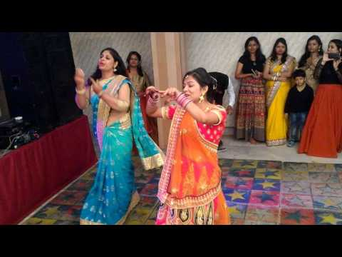 Best Devrani-Jithani Dance _ Lo Chali Main _ Badhai
