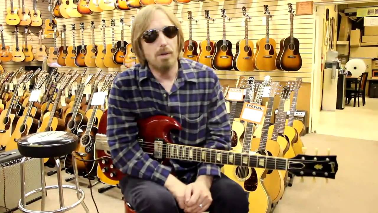 tom petty at norman 39 s rare guitars youtube. Black Bedroom Furniture Sets. Home Design Ideas
