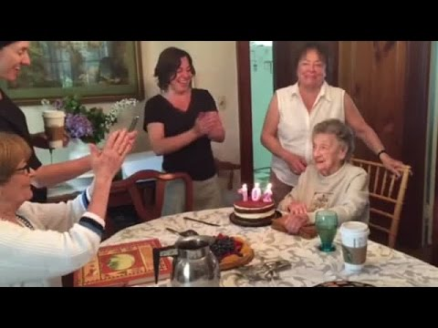 102-year-old loses teeth while blowing out candles