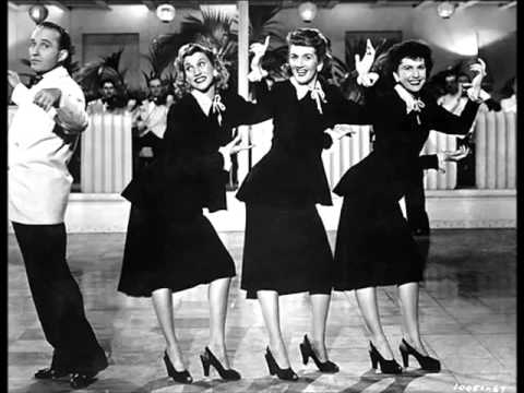 bing crosby the andrews sisters accentuate the positive circa 1945