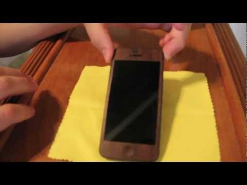 iCarbons iPhone 5 Install: Solid Dark Wood Skin (HD)