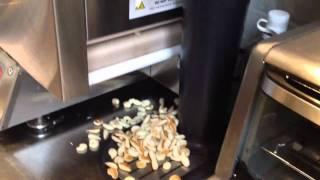 GAWKER PANCAKE MACHINE GOES MAD