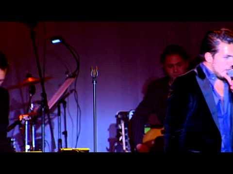 Sex on fire - Waylon & New Amsterdam Orchestra