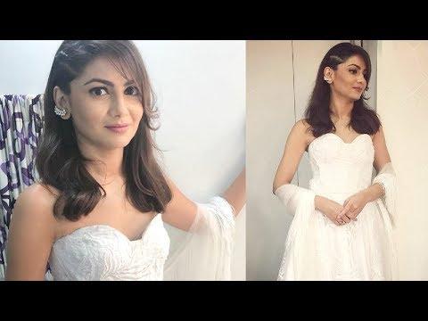 Sriti Jha At Zee Rishtey Awards 2018   Kumkum Bhagya thumbnail