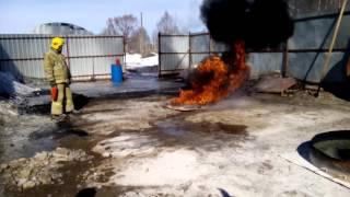 Эффективность автомобильного огнетушителя(, 2016-03-28T11:13:28.000Z)