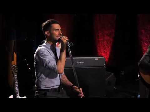 Maroon 5 - Sunday Morning (Live on Walmart Soundcheck)