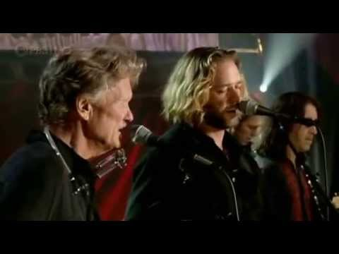 Kris Kristofferson & Russel Crowe (Live)