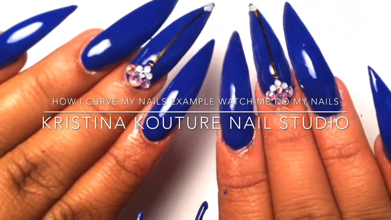 How I Curve My Nail Tips | Watch Me Do My Nails - YouTube