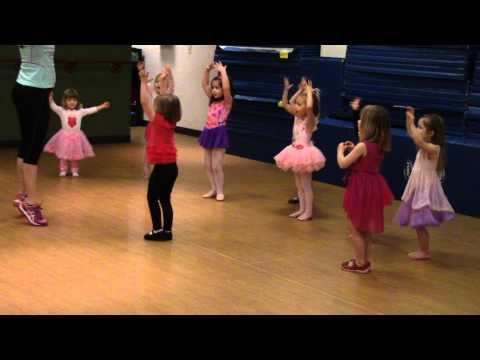 Jocelyn at Ballet Birthday Party 1