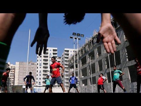 كرة القدم المصرية.. مراوحة بين حلم الاحتراف و كابوس العنصرية…  - نشر قبل 23 ساعة