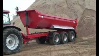 Tri Axle Tipping Trailer by McCauley (MAC) Trailers.wmv