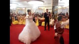 свадьба АГАДЫРА танцующий невеста