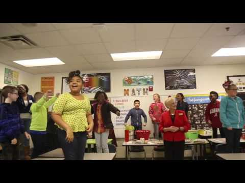 First Lady of Georgia Sandra Deal visits Carrollton Middle School