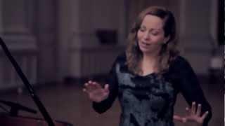 Anneke Van Giersbergen & Danny Cavanagh - Leaves (Off The Record)