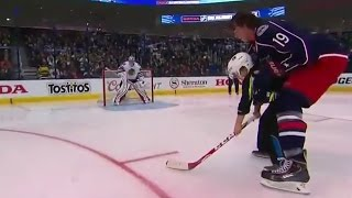 Johansen and Voracek get help in Breakaway Challenge