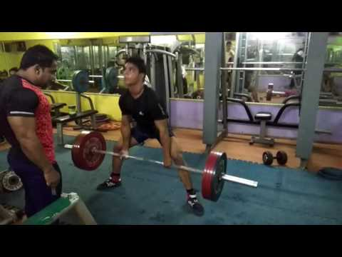 Deadlift with 212*2 kg raps free hand in P.M.R gym at sec-9 b.garh 💪💪💪