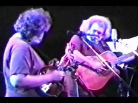 2 rocking chairs instrumental little girls chair jerry garcia david grisman warfield theater sf 1991 set1 02