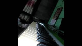 huda piano ZAUJATI