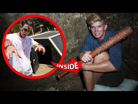 Surviving OVERNIGHT In Underground Apocalypse Survival Bunker!! *ZOMBIES VS BUNKER*
