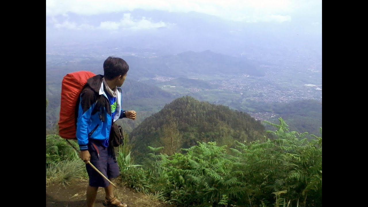Image result for mendaki gunung panderman