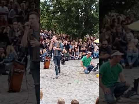 17.9.2017 Thanks to Joe Hatchiban who is organizing karaoke in the MAUERPARK