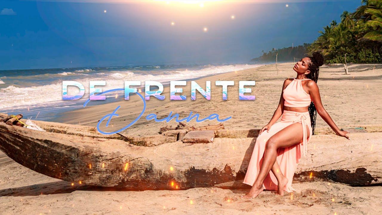 Download Danna - De Frente (Video Oficial)