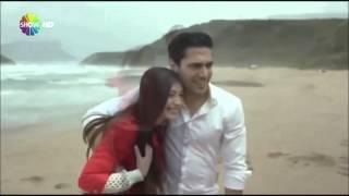Маджит и Нериман на берегу моря