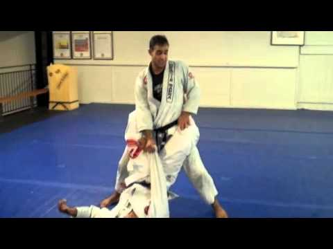 Barra Technique Tuesday - Passing the Closed Guard