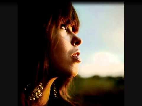 Maria Mena - Am I supposed to apologize? - Lyrics