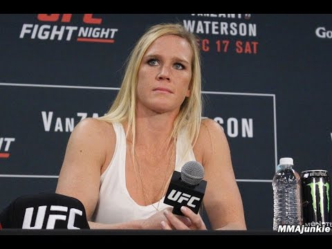 Holly Holm dismisses 'Cyborg,' Rousey talk ahead of UFC 208