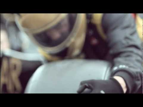 Slow Motion F1 Pit Stop With Team Lotus | Sure Advert |