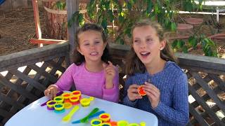 Learn English Colors! Pretend Play Doh food with Sign Post Kids!
